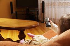 Un consum excessiu de televisió contribueix a desenvolupar conductes antisocials en el futur