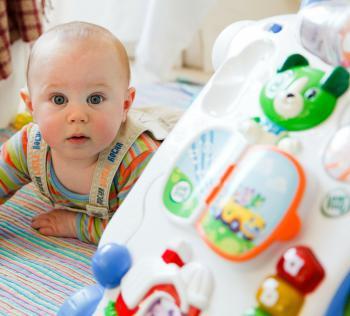 mayor selección de comprar bien brillo encantador Propuestas de juego para el niño de 12 meses | Faros HSJBCN