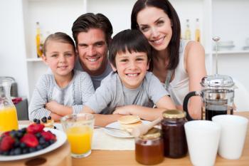 Desayunar bien: clave para la salud y el rendimiento académico de los niños