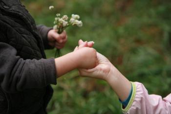 Ajudar els altres té efectes positius per a la nostra salut