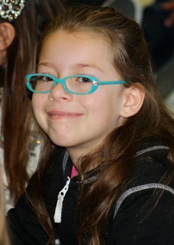 83d9094a99 Gafas y lentes de contacto en niños: por qué deben llevarlas y cómo deben  ser
