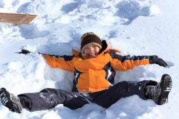 disfruta de la nieve con los nios pero ten cuidado sigue estos consejos