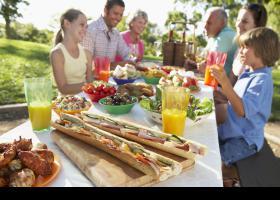 Menjant en familia