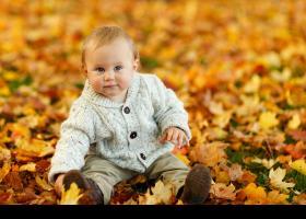 Niño otoño