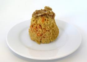 Pastel integral de zanahoria con nueces
